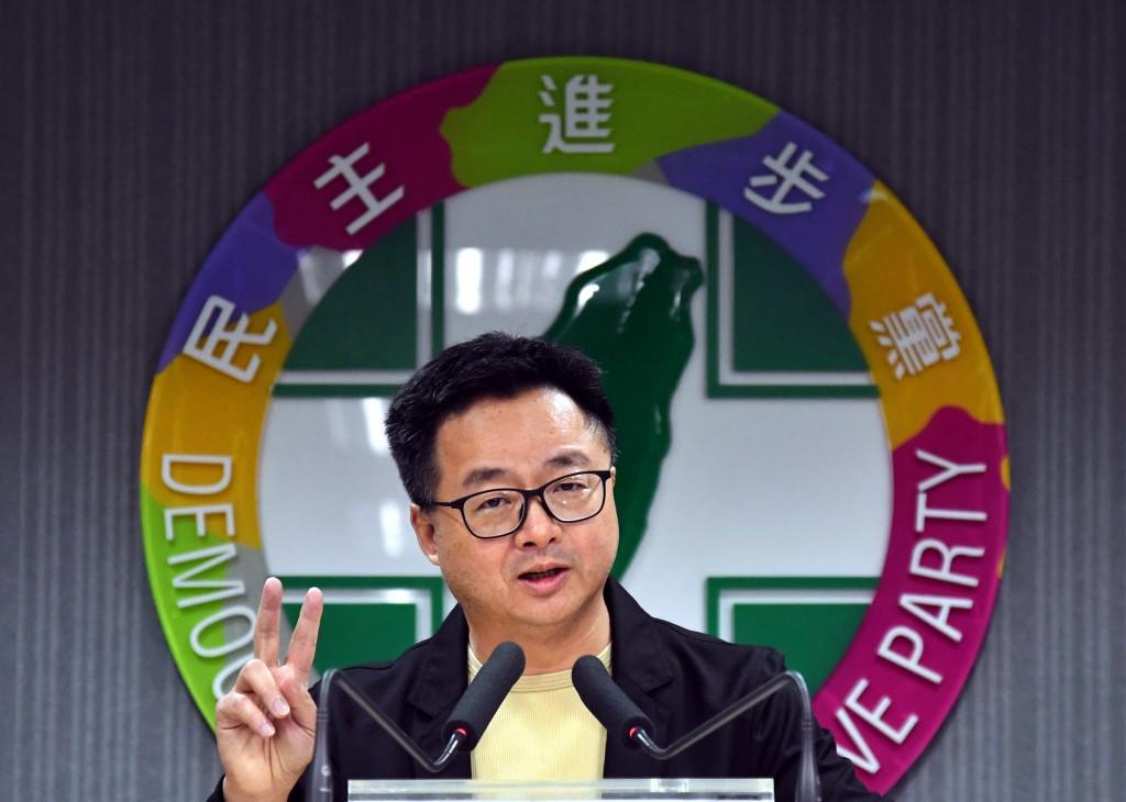 民進黨總統提名五人協調小組23日第一次開會,秘書長羅文嘉在會後轉述開會內容。