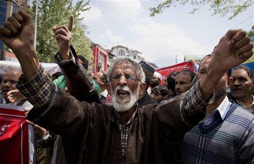 May Day demos staged around the world; Turkey square blocked