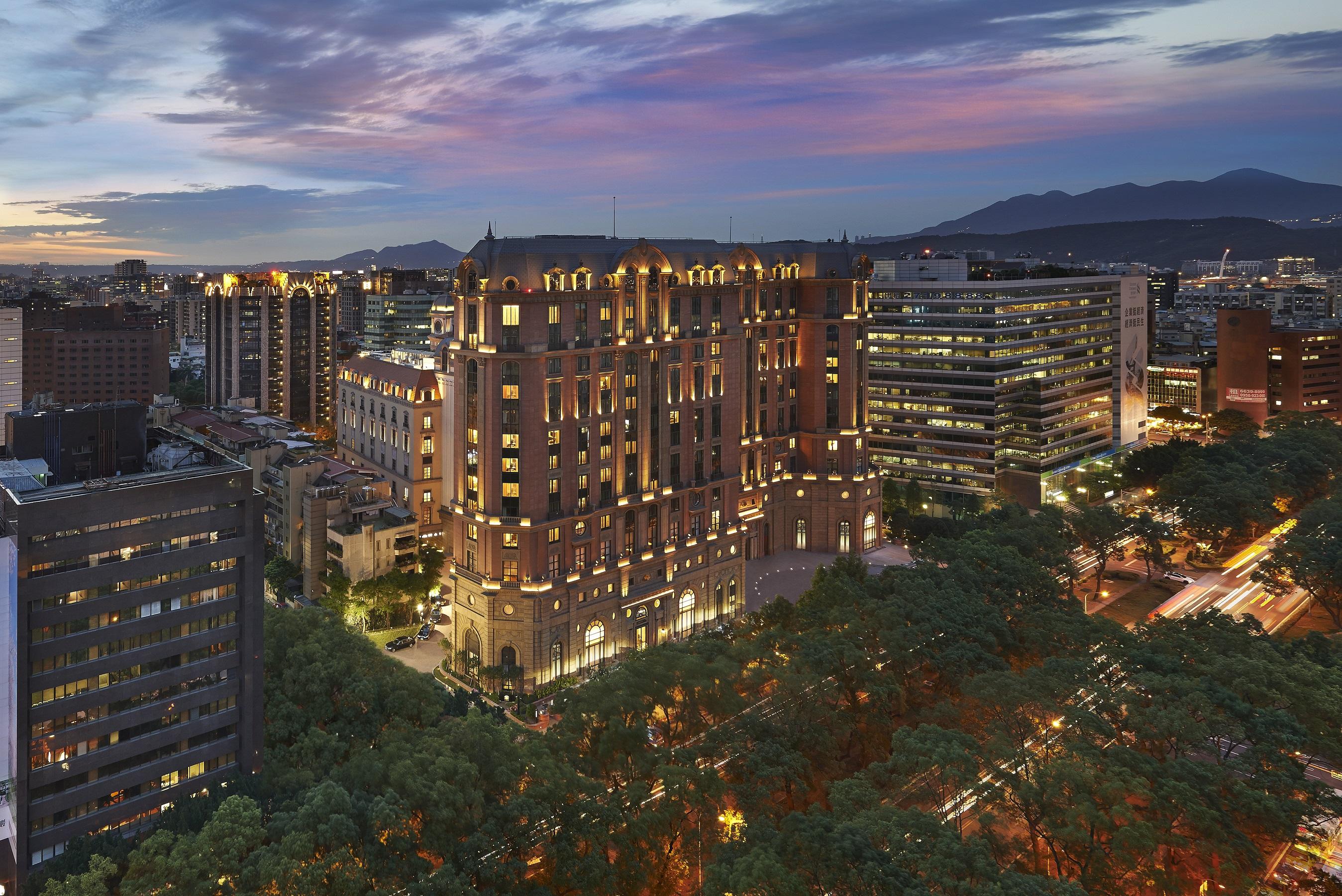 Mandarin Oriental, Taipei makes the 2015 Hotel Hot list of CN Traveler