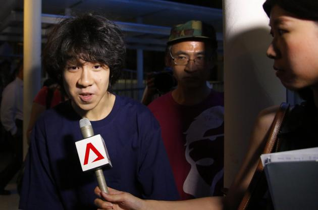 Ill-treatment in Singapore prison causes Amos Yee suicidal