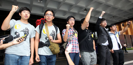 Students appear in front of court for altered curriculum movement