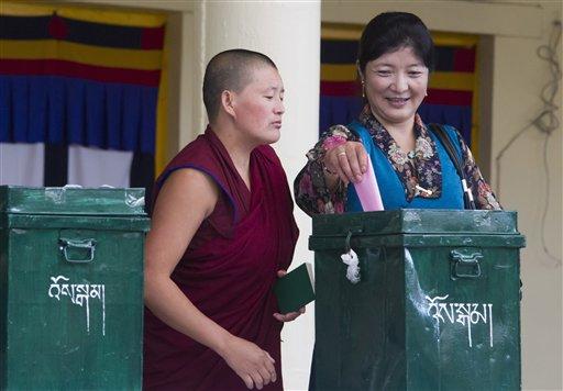 As Tibetan exiles vote, candidates discuss views on China