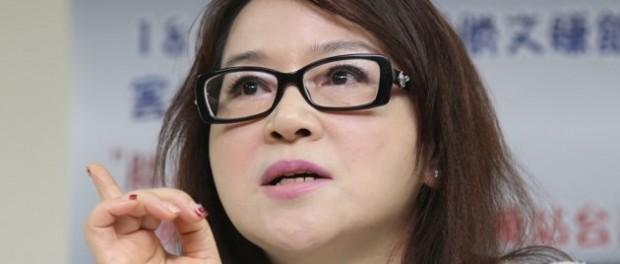 Taiwan media personality criticizes Chinese propaganda journalists