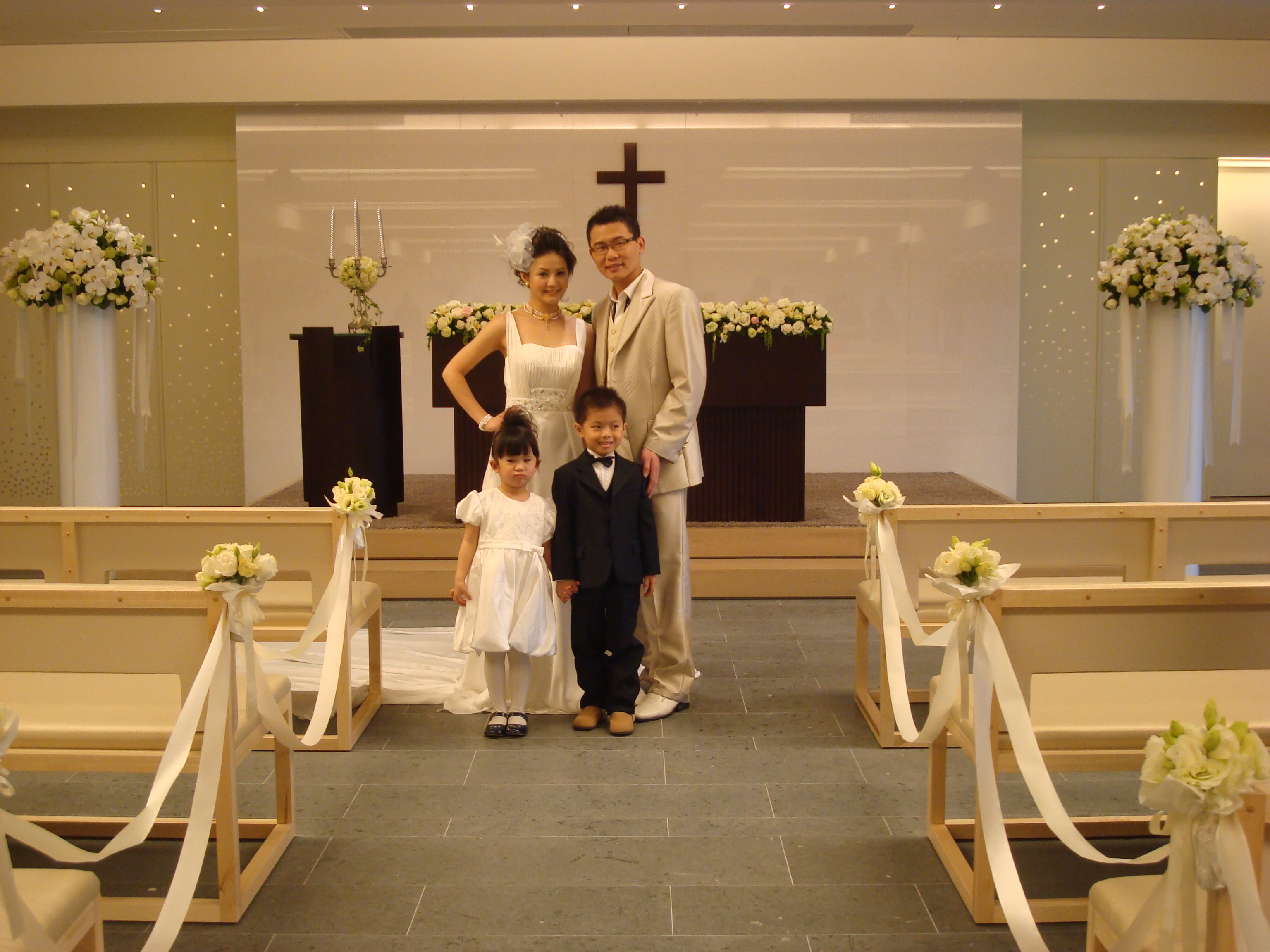 The Sheraton Hsinchu Hotel hails their elegance church as a perfect place for bribes and grooms-to-be to hold their weddings.
