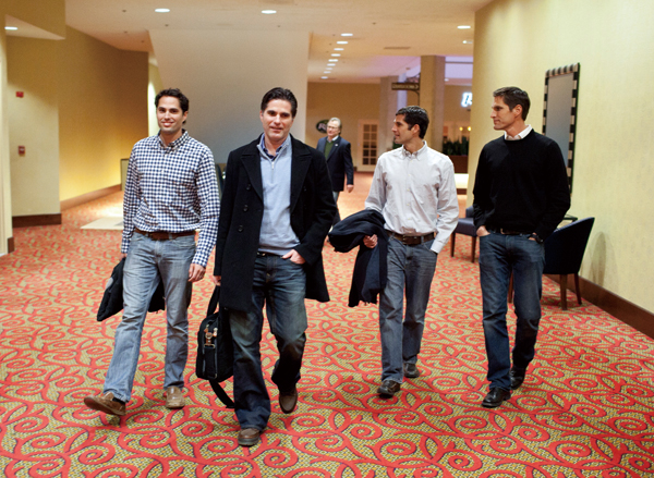 Romney brothers advance father's Iowa campaign
