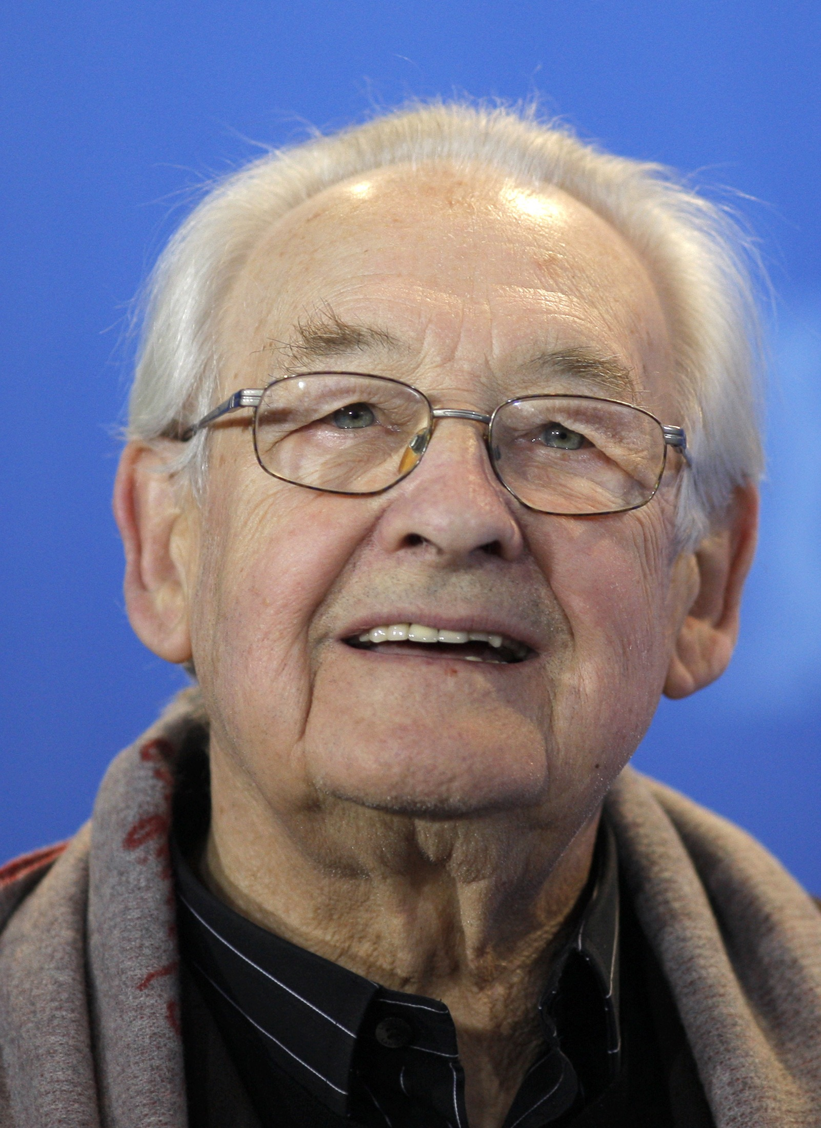 Director Andrzej Wajda poses during a photocall to promote the movie 'Sweet Rush' at the 59th Berlinale film festival in Berlin, Germany on Friday.