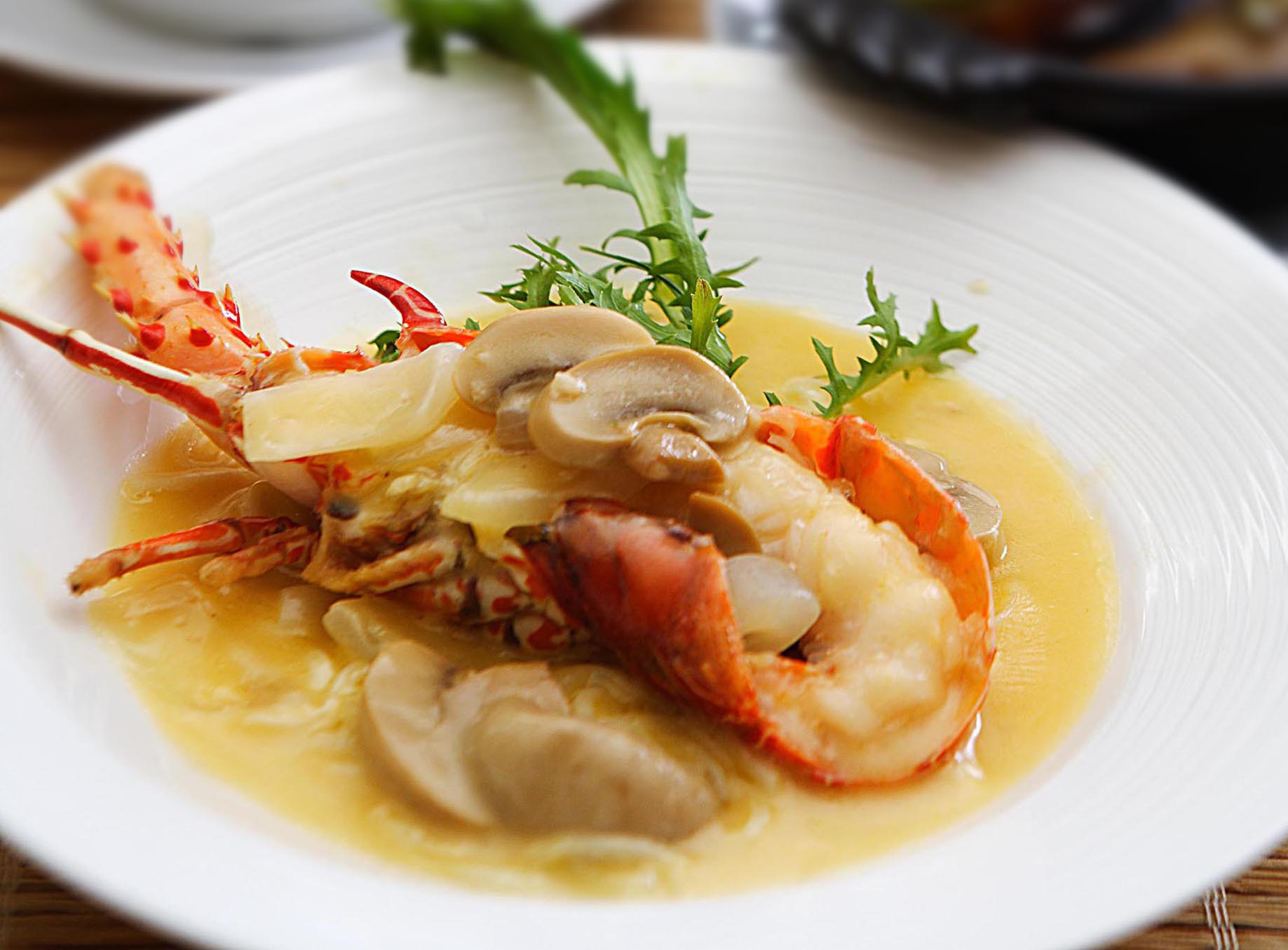 Chaw Ping Ji introduces lobster as bonus to Dim Sum buffet