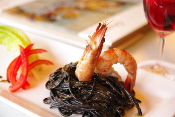 台中商旅更於即日起推出異國料理美食饗宴,融活多國美食味蕾,值得您前來品嘗。