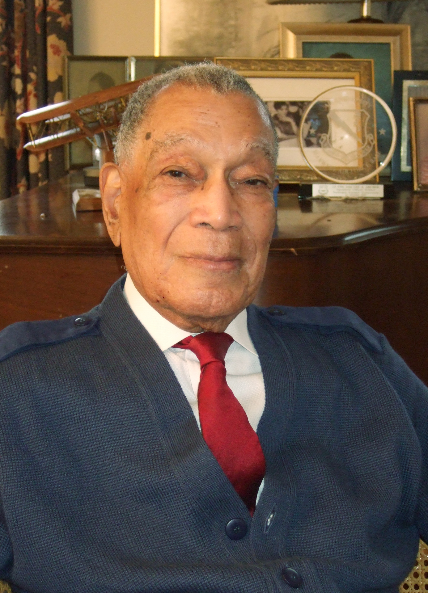 Retired Air Force Lt. Colonel Lee A. Archer is shown in this December 2008 photo provided by Beverly Herzog.