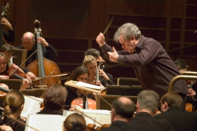 Director Jiri Belohlavek and BBC Symphony Orchestra will hold concerts in Taiwan in May.
