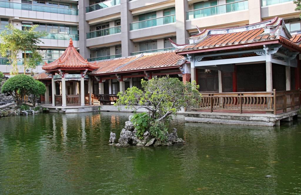 吳園藝文中心古色古香的中式造景。