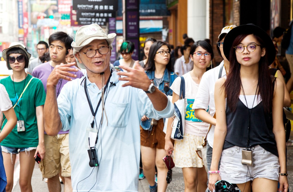「街遊 HiddenTaipei」導覽員帶領遊客探索臺北不為人知之處,也看見他們的人生故事。