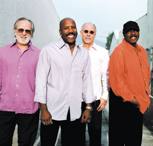Summer Jazz Party starts with Fourplay