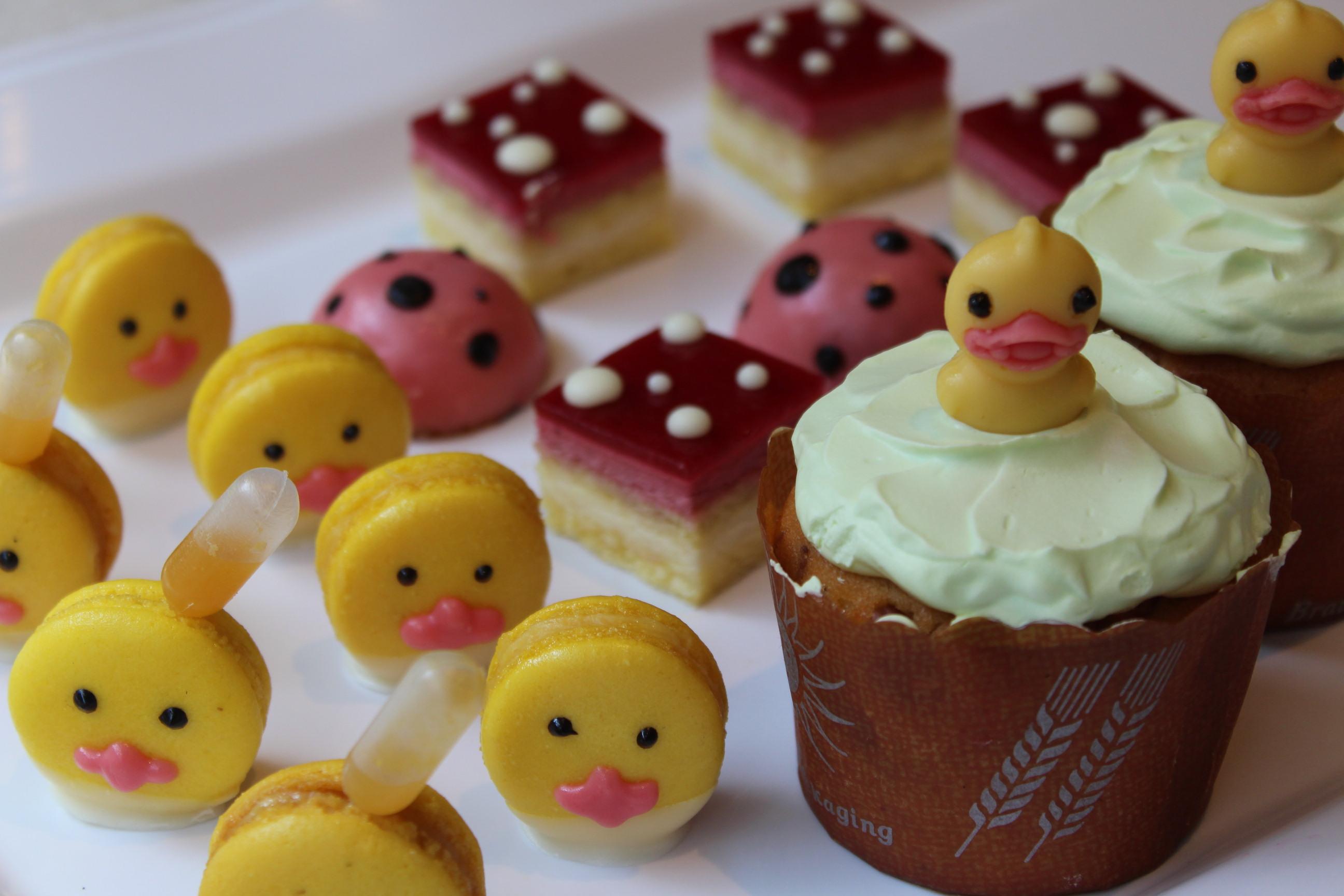 黃色小鴨游進地景藝術節