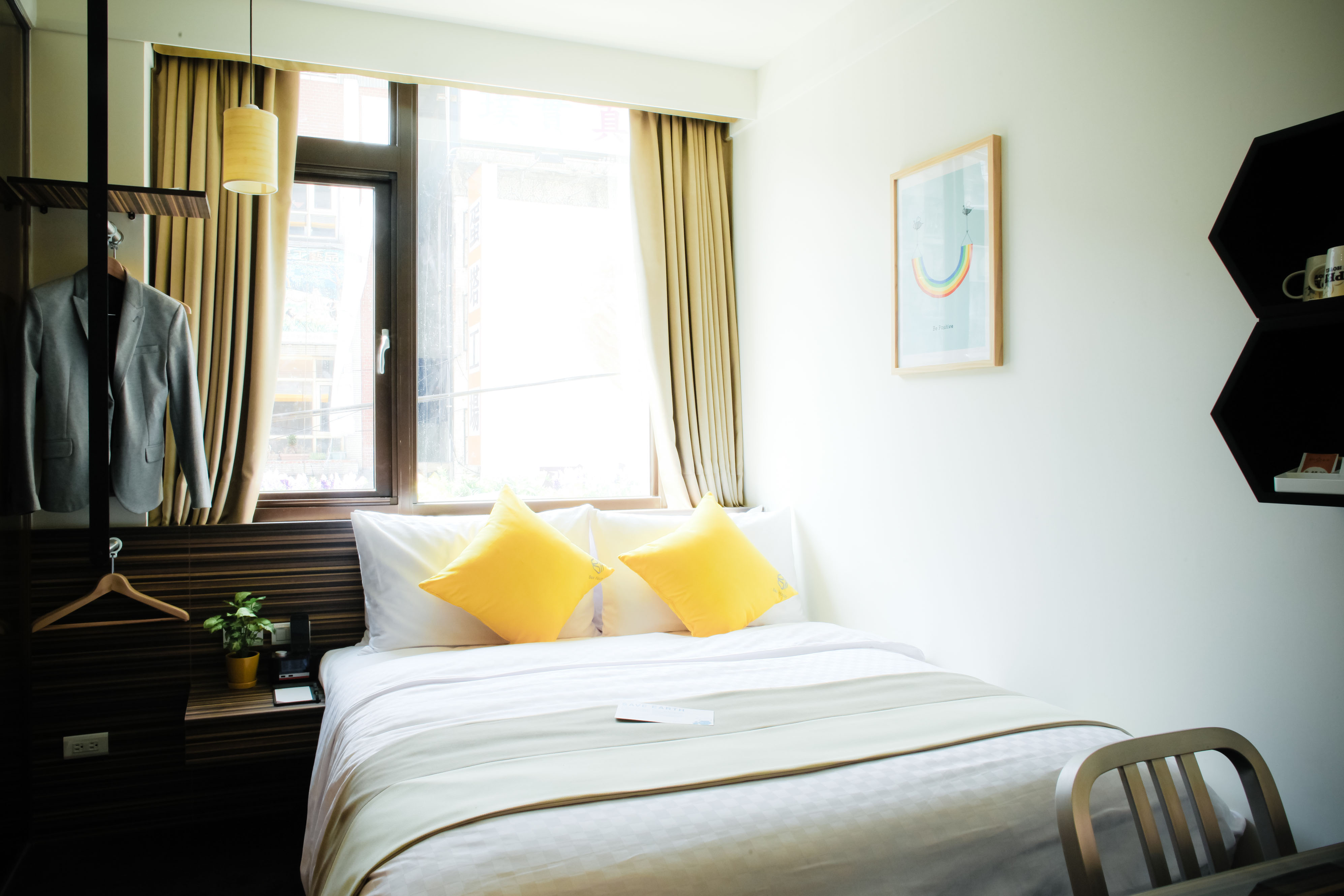 Bee House「藝文蜂巢-莫內之美」國人住宿專案