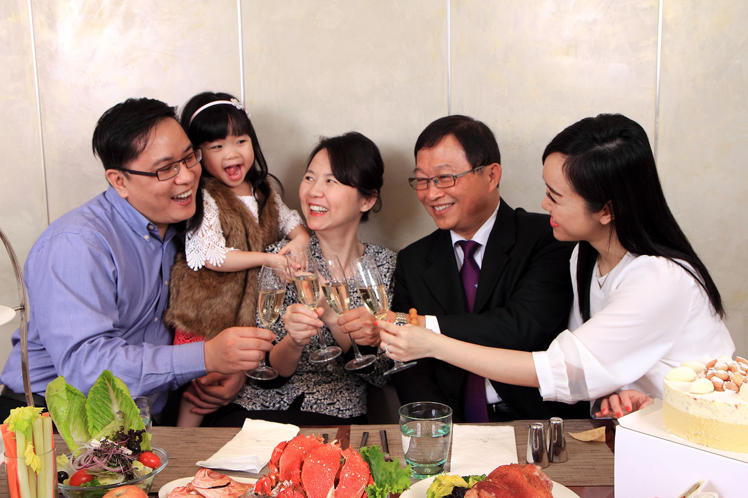 Hotel Royal-Nikko Taipei rolls out specials to celebrate Mother's Day
