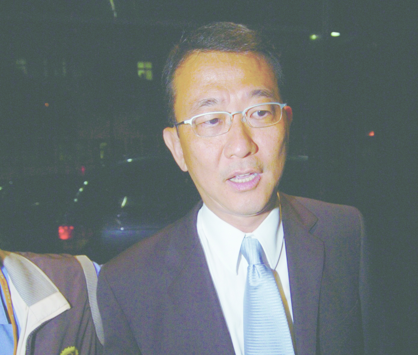 Fugitive ex-FAT chairman in suicide reports