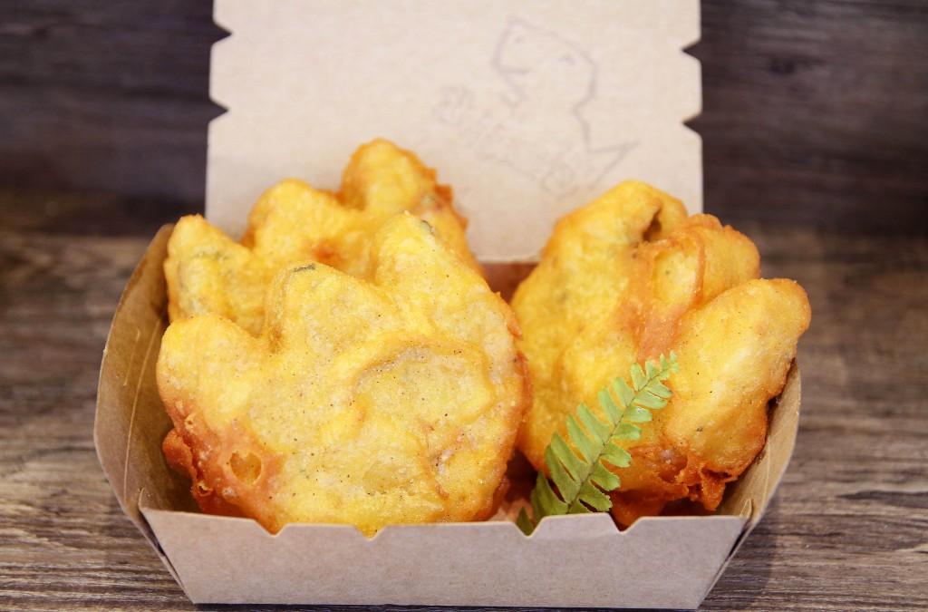 恐龍炸飯糰是限平日供應的餐點。