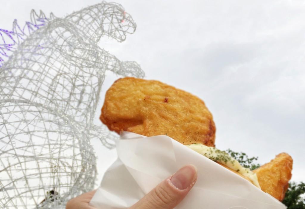 恐龍型怪獸「哥吉拉」與可愛的「恐龍麵包」同樣擁有日本基因。