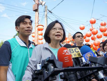Tsai: Chu's economic plans unsubstantial