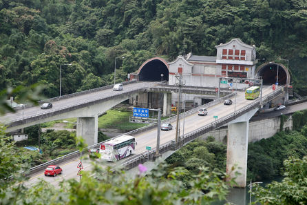 Hsuehshan Tunnel closes for a total of 12 hours for military exercises