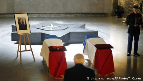 France honors Holocaust survivor Simone Veil at the Pantheon