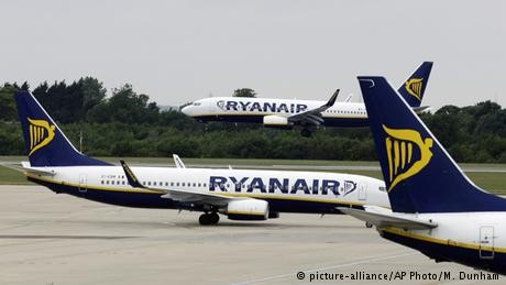 Passengers Hospitalized After Ryanair Flight Loses Cabin Pressure