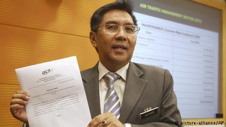 Malaysia's civil aviation chief quits over missing Flight 370