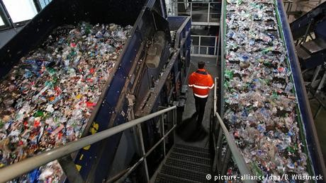 France to introduce plastic packaging tax