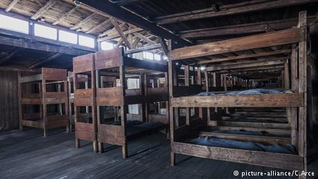 Israeli teen desecrates Majdanek death camp while on school trip