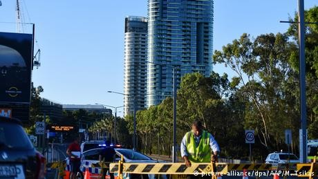 Sydney's new 36-storey Opal Tower evacuated after cracks appear