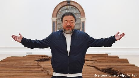 Ai Weiwei: 'Refugee crisis is a political tool for populists'