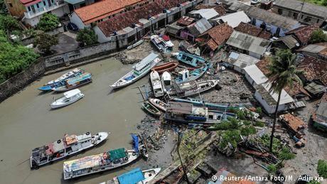 Indonesia deploys drones to search for tsunami survivors