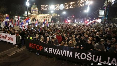 Serbia: Thousands march against President Aleksandar Vucic for 4th week
