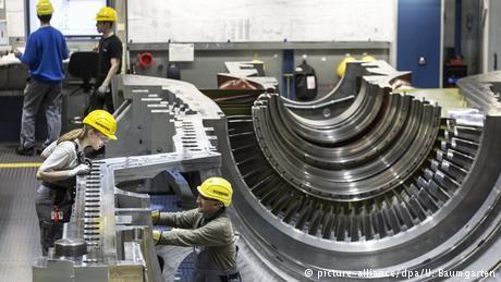 Siemens to hike Russia investment despite Crimea scandal