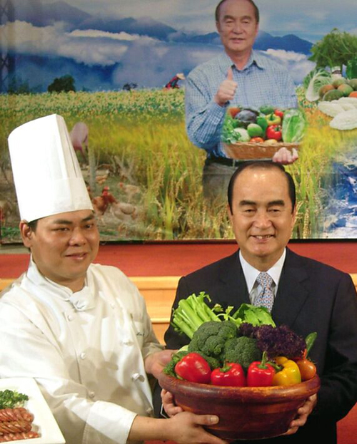 Hualien supplying five-star hotel with chemical-free food produce.