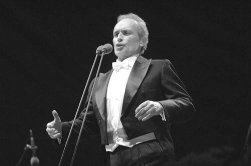 Jose Carreras, one of the three Tenors, will be giving a New Year's Eve concert at the Taipei Arena December 31. See Picks.