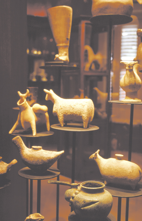 Artifacts are displayed in Curacao's African History Museum.