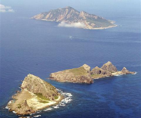 中國稱釣魚島,日本稱尖閣列島台灣稱釣魚台的群島(AP資料照片)