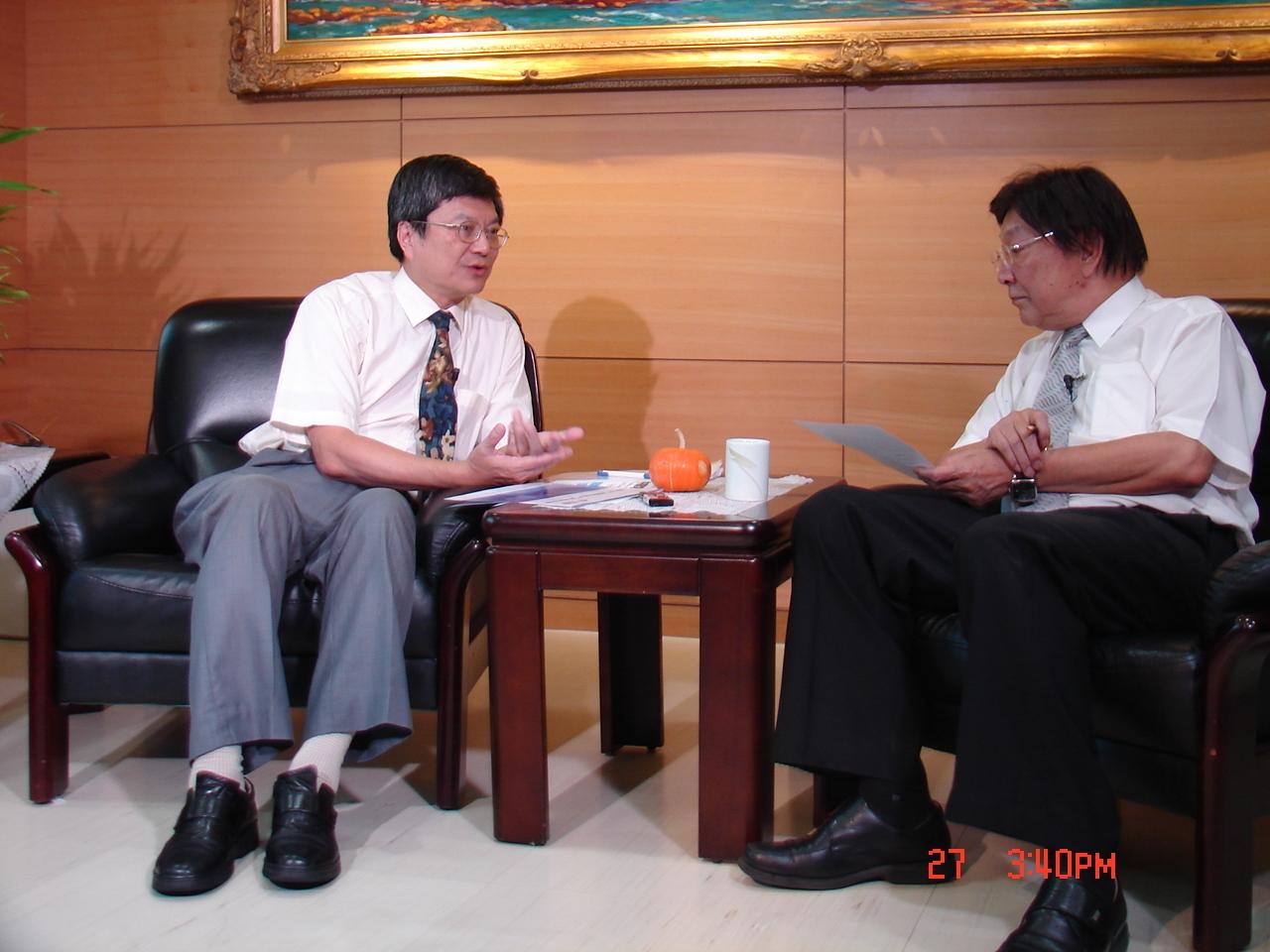 新北市副市長許志堅過去接受台灣英文新聞社長翁嘉宏專訪。(資料照片)