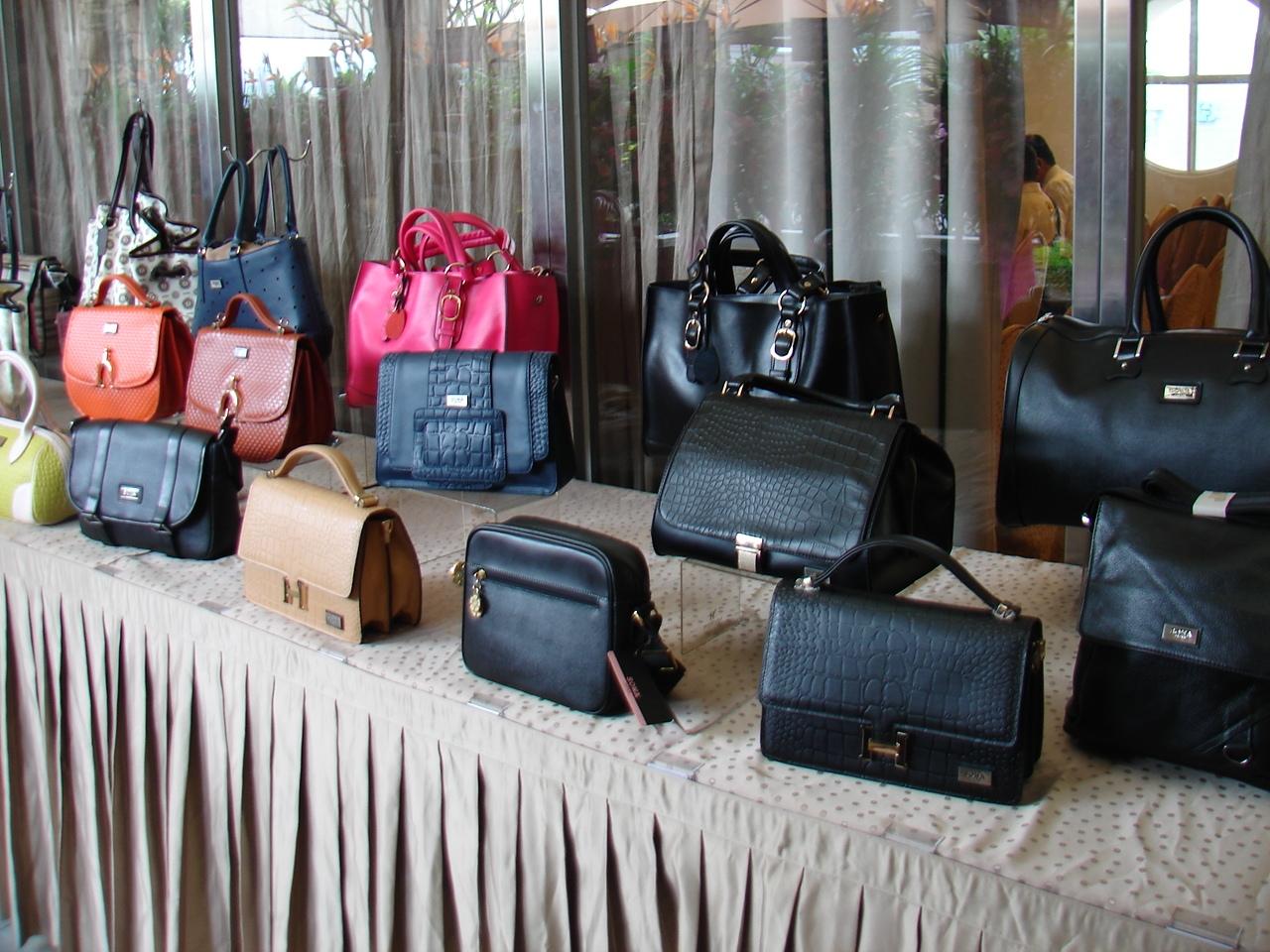 首華皮件今年營收6400萬,EPS 4.5元,預定明年上興櫃、2015年掛牌。(記者Jimi Lio攝影)