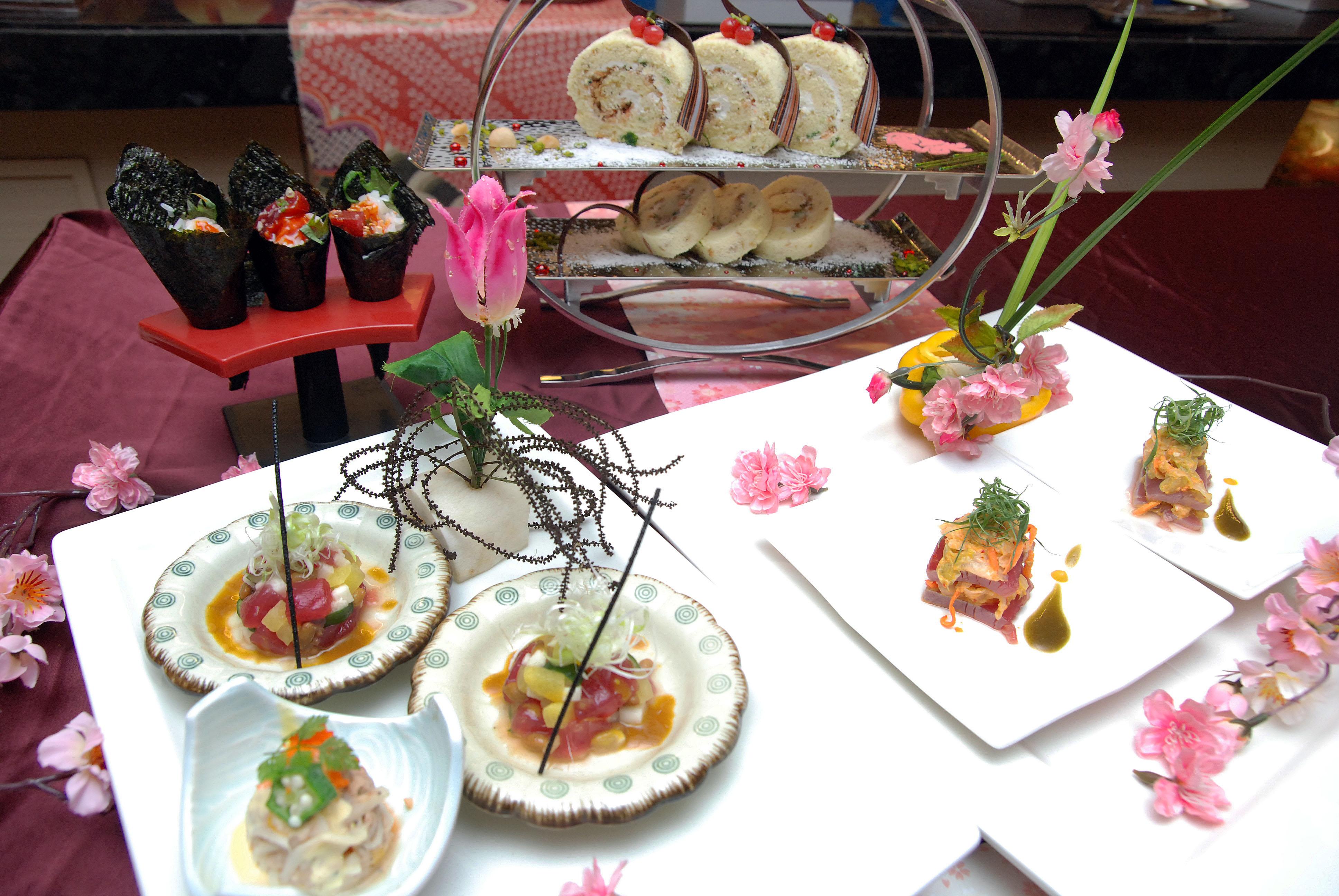 萬國百匯即日起推出鮪魚祭餐飲主題,多道料理以鮪魚入菜,口感多元豐富,邀請您來嘗鮮。