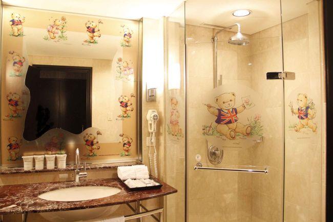 精典泰迪熊主題房-「英倫貴族」浴室