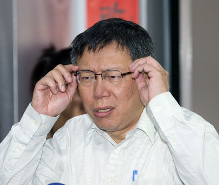 Ko says he will remain neutral during election campaigns