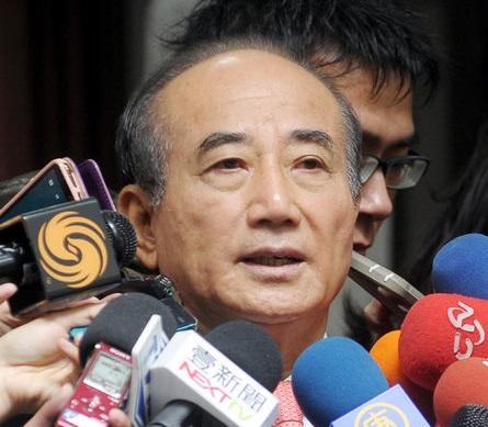 Wang demands immediate action for legislative reform