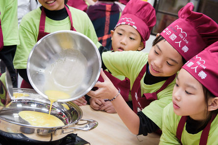 Taichung establishes food safety watch program for youth