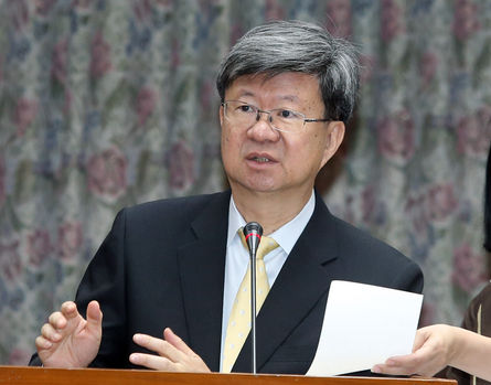MOE hopes to mend ties with schools and educators