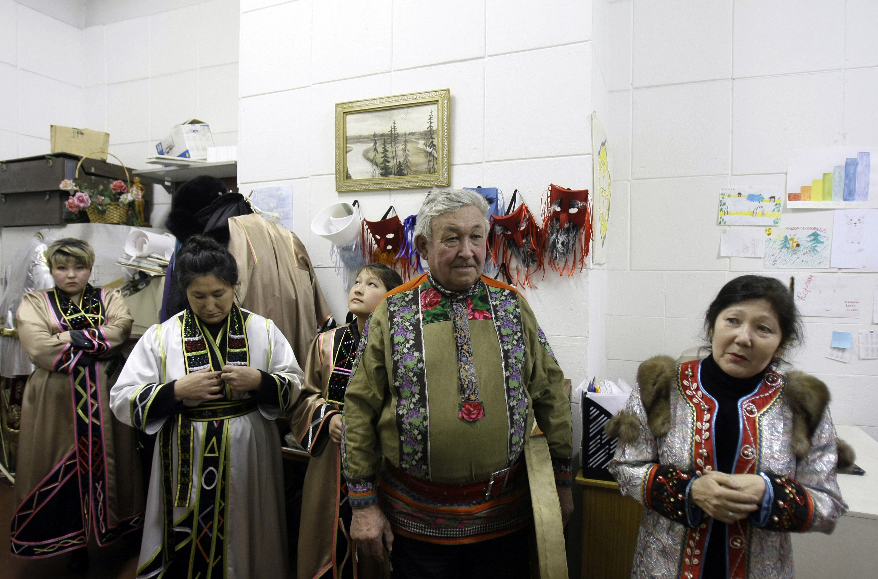 A national Shors ensemble rehearses in Novokuznetsk, Russia on Dec. 19, 2008.