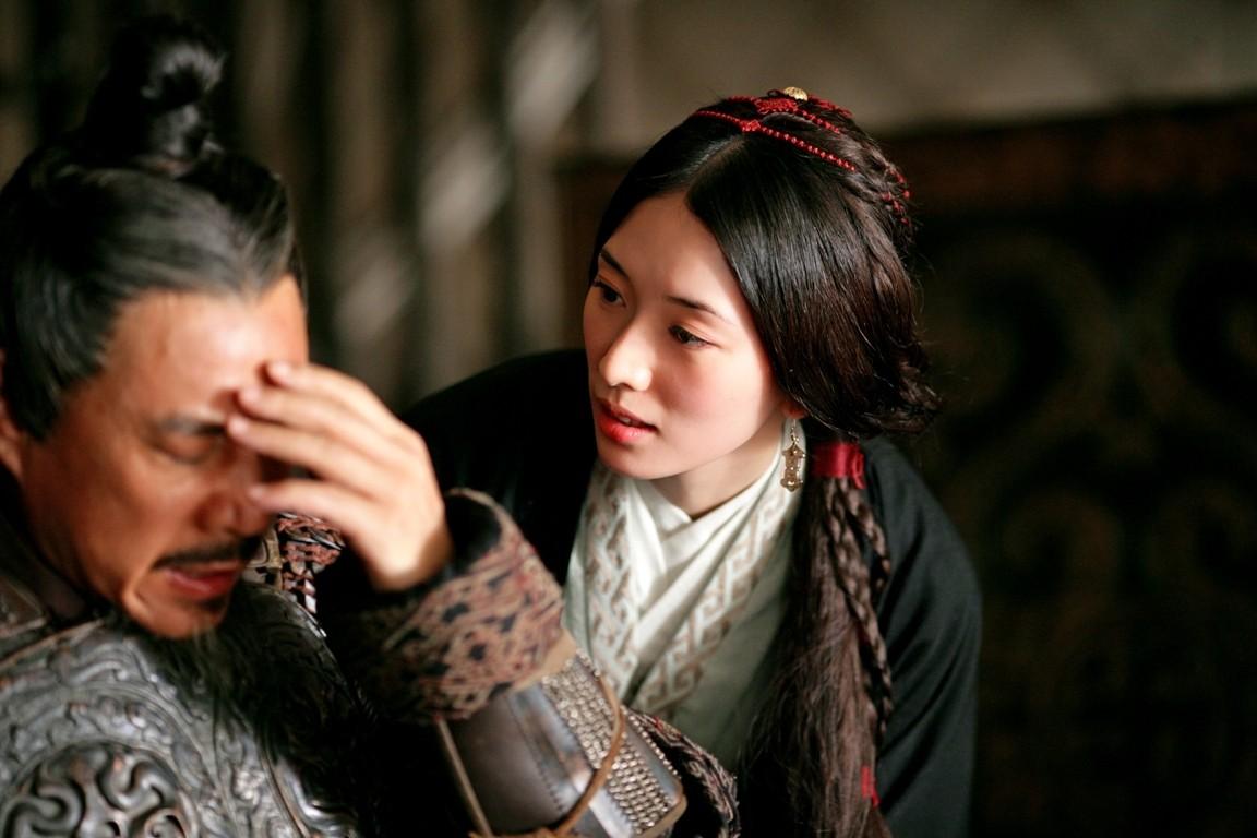 林志玲和鄭元暢首爾分獲亞洲明星獎和特別獎
