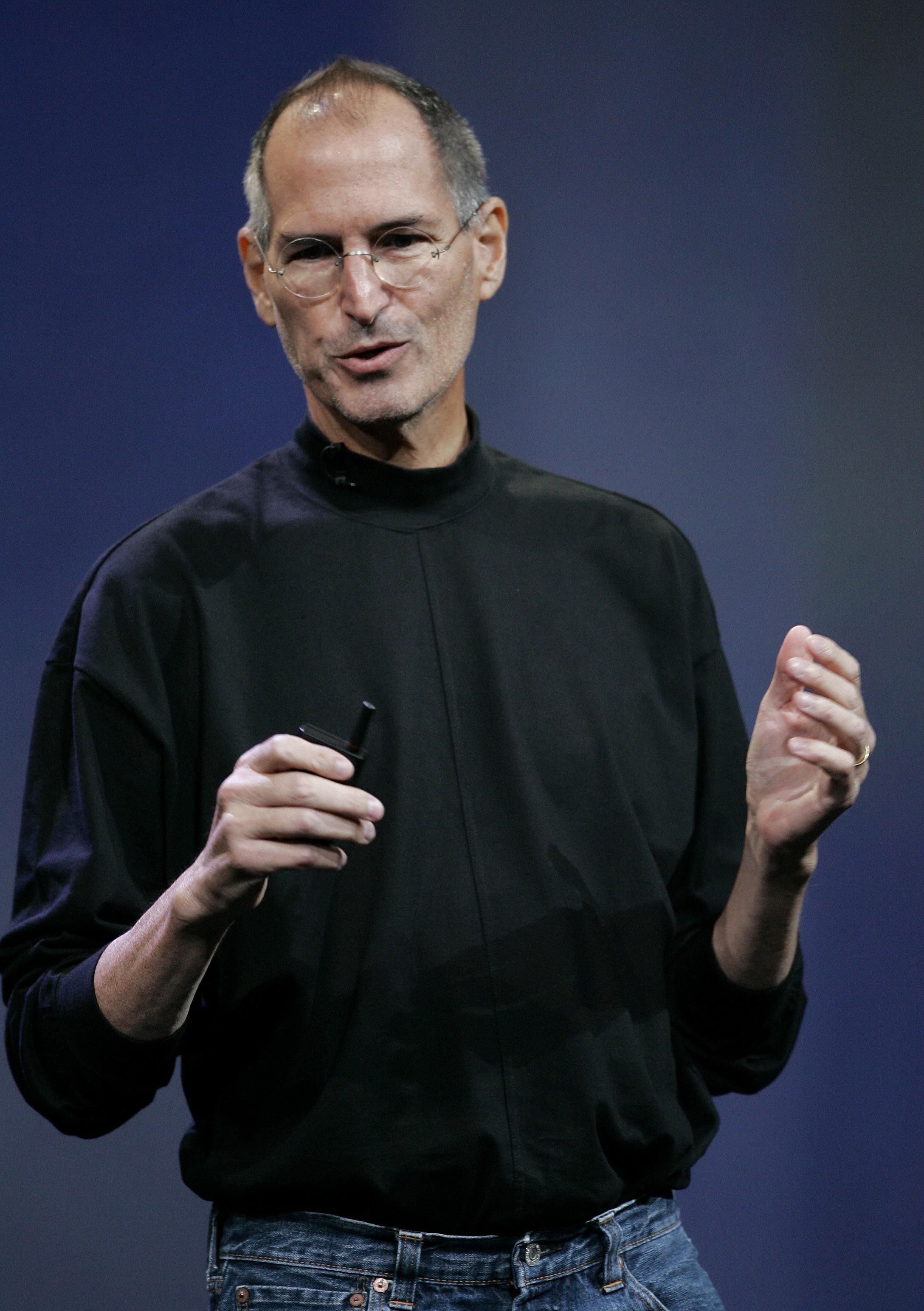 肝臟移植手術後 蘋果執行長左伯斯恢復上班